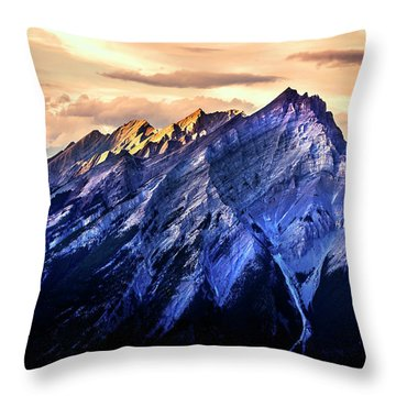 Throw Pillow featuring the photograph Mount Cascade by John Poon