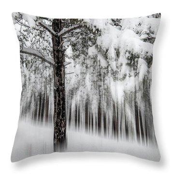 Snowy-2 Throw Pillow