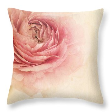 Sogno Romantico Throw Pillow by Priska Wettstein