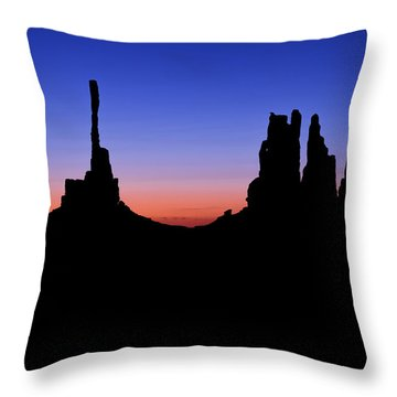 Monument Valley Navajo Tribal Park Throw Pillows