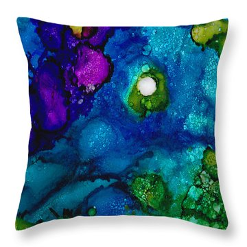 Solo In The Stream Throw Pillow
