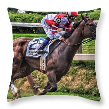 Songbird With Mike Smith Saratoga August 2017 Throw Pillow