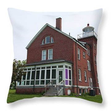 South Bass Island Lighthouse- Horizontal Throw Pillow