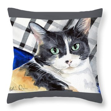 Southpaw - Calico Cat Portrait Throw Pillow