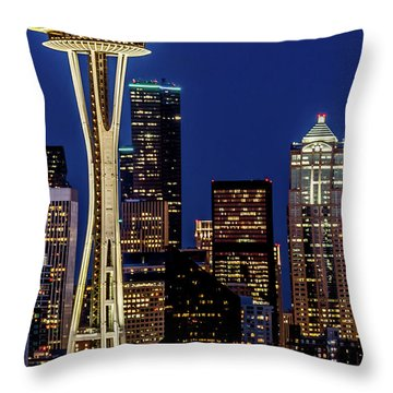Space Needle And Skyline At Dusk Throw Pillow