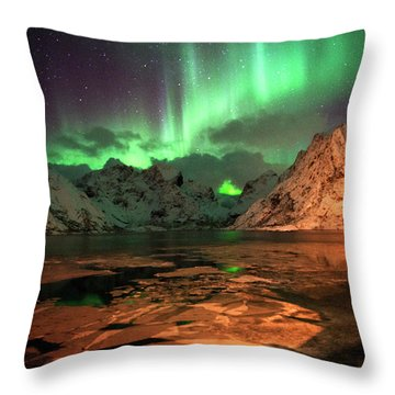 Spectacular Night In Lofoten 1 Throw Pillow