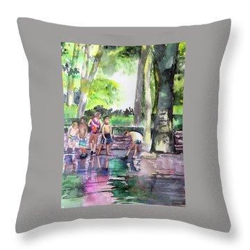Splash In Battery Park Throw Pillow