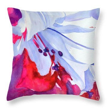Splash Of Summer  Throw Pillow