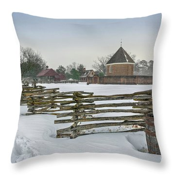 Split Rail Fence In Front Of Colonial Williamsburg Magazine Throw Pillow