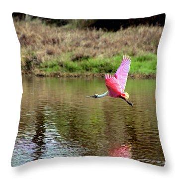 Spoonbill In Flight Throw Pillow