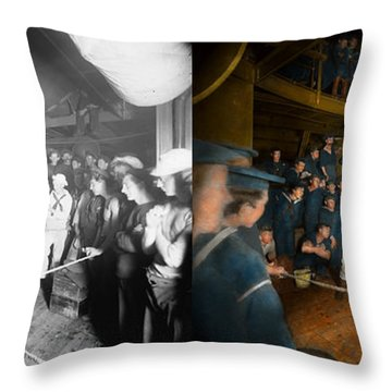 Sports - Boxing - The Second Round 1896 - Side By Side Throw Pillow