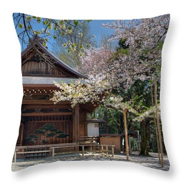 Spring In Edo Throw Pillow