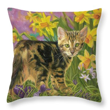 Daffodils Throw Pillows