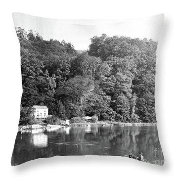 Spuyen Duyvil, 1893 Throw Pillow
