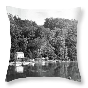 Spuyen Duyvil, 1893 Throw Pillow