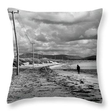 Srah Beach Belmullet Throw Pillow
