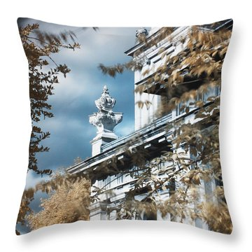St Alfege Parish Church In Greenwich, London Throw Pillow
