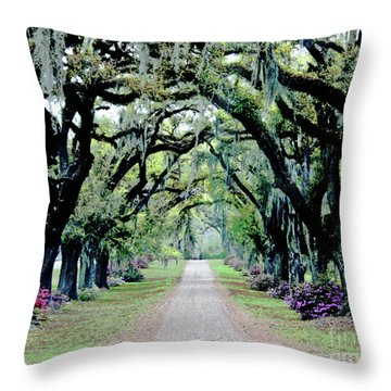 St Francisville Plantation Throw Pillow by Lizi Beard-Ward