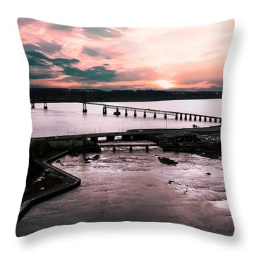 St. Lawrence Sunset Throw Pillow