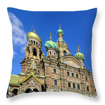 St. Petersburg Church Of The Spilt Blood Throw Pillow