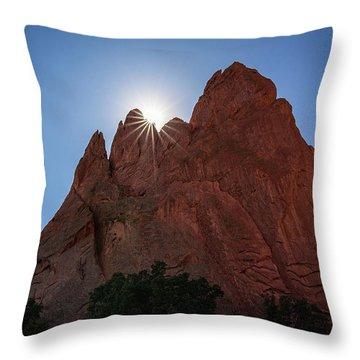 Standstone Sunburst - Garden Of The Gods Colorado Throw Pillow
