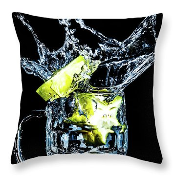 Throw Pillow featuring the photograph Star Fruit Splash by Ray Shiu