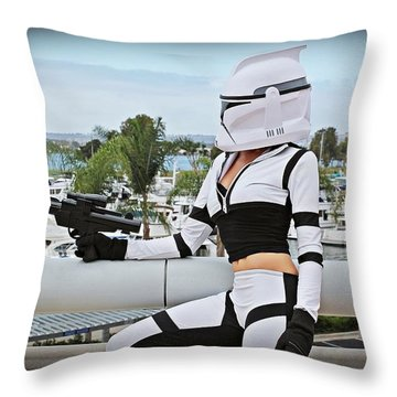 Star Wars By Knight 2000 Photography - Clone Wars Throw Pillow