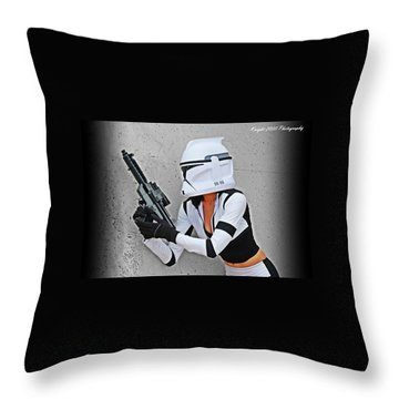 Star Wars By Knight 2000 Photography - Waiting Throw Pillow