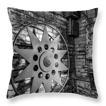 Star Wheel Throw Pillow