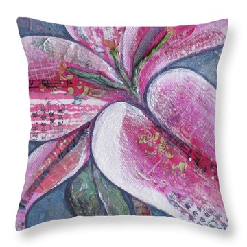 Day Lily Throw Pillows