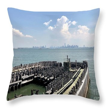 Staten Island  Throw Pillow