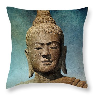Statue 3 Throw Pillow