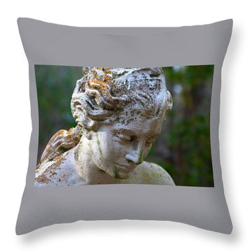 Statue At Magnolia Gardens Throw Pillow