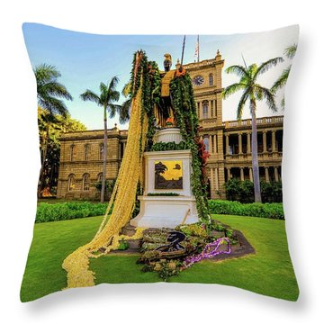 Statue Of, King Kamehameha The Great Throw Pillow