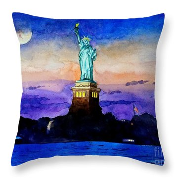 Statue Of Liberty New York Throw Pillow