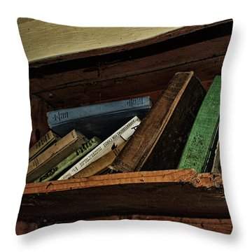 Stay A While And Listen Throw Pillow by Ryan Crouse