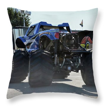 Steer Me Throw Pillow by Bill Dutting