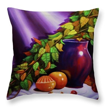 Still Life W/purple Vase Throw Pillow