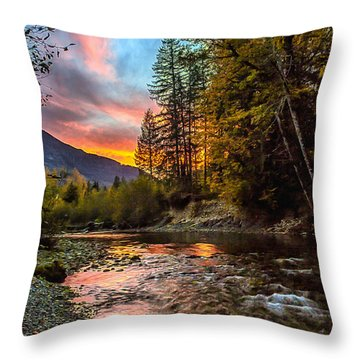 Stillaguamish Sunset Throw Pillow