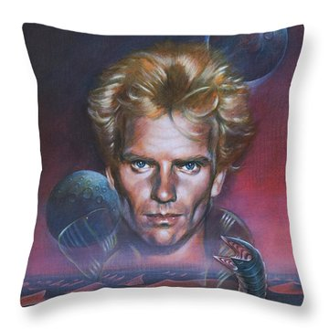 Sting In Dune Throw Pillow