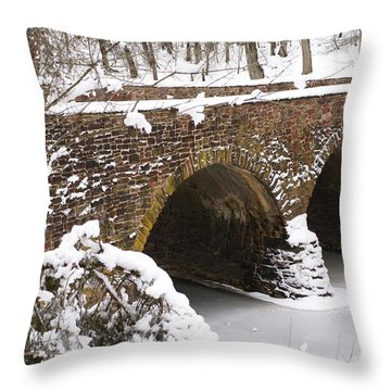 Stone Bridge At Bullrun Virginia Throw Pillow