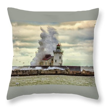 Storm Waves At The Cleveland Lighthouse Throw Pillow