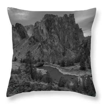 Stormy Skies Over Smith Rock - Black And White Throw Pillow