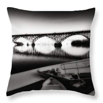 Strawberry Mansion Bridge In Winter Throw Pillow by Bill Cannon