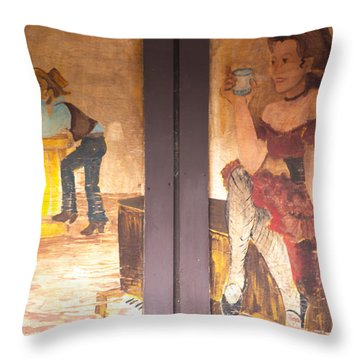 Street Art - Melba, Id Throw Pillow