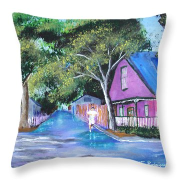 Street In St Augustine Throw Pillow by Luis F Rodriguez