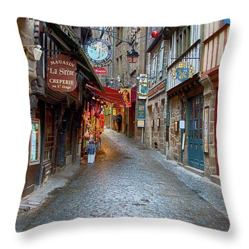 Street Le Mont Saint Michel Throw Pillow