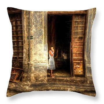 Streets Of Cuba Throw Pillow