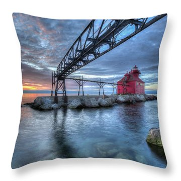 Sturgeon Bay Lighthouse Sunrise Throw Pillow