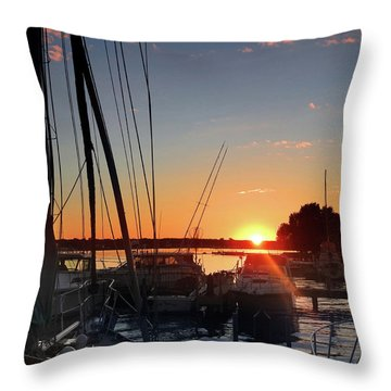 Sturgeon Bay Sunset Throw Pillow